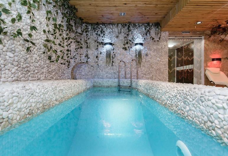 Бутік-готель «Каліфорнія», Одеса, Критий басейн