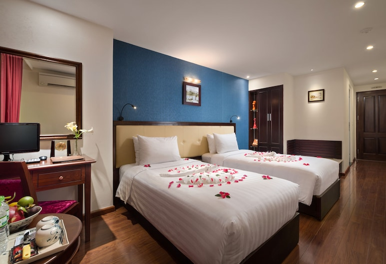 Serene Premier Hotel, Hanoi, Junior Double or Twin Room, City View, Guest Room