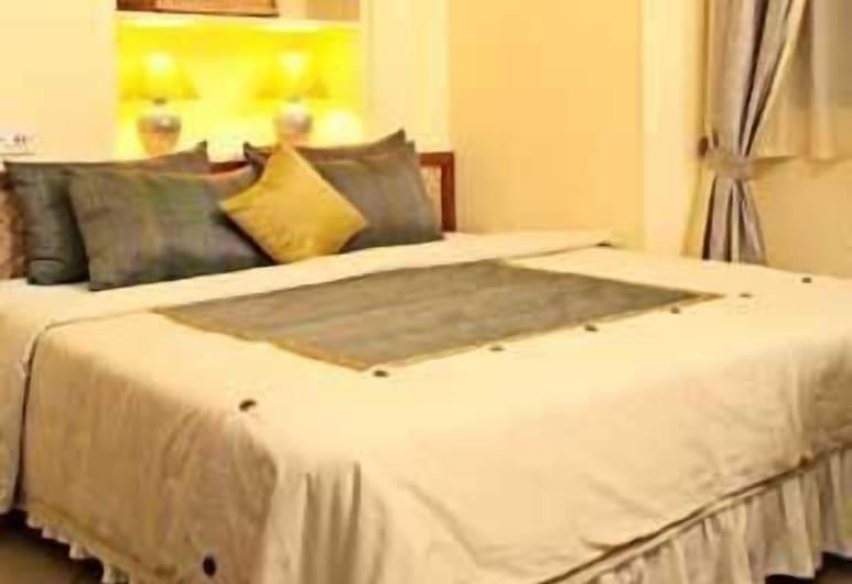 Hotel du Parc, Pondicherry, Deluxe Room, Guest Room