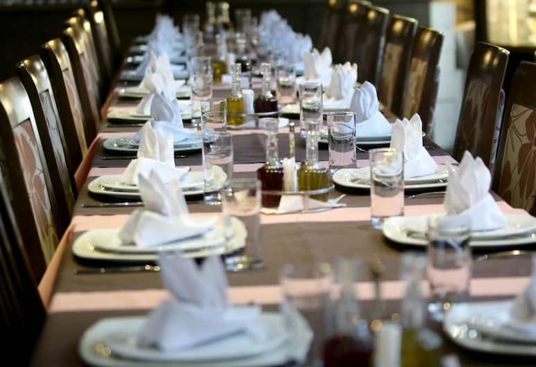 호텔 헤르체고비나, 모스타르, 레스토랑