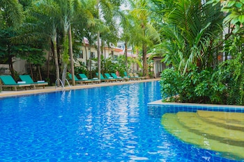 Picture of Thanthip Beach Resort in Patong