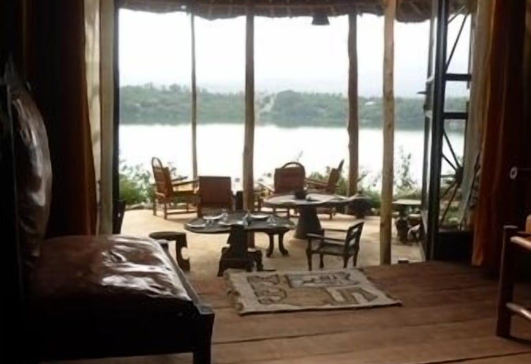 Babogaya Lake Viewpoint Lodge, Debre Zeyit, Elutuba