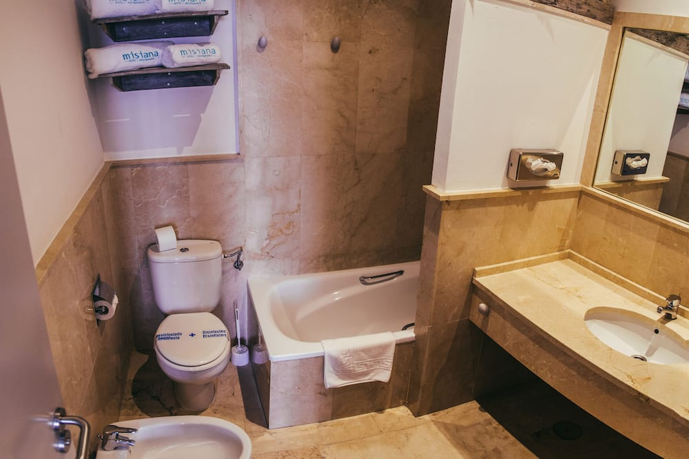 ห้องทวิน - ห้องน้ำ