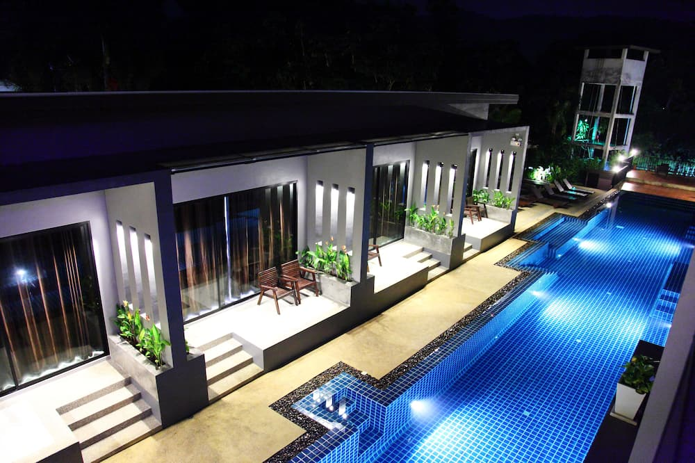 Superior Room, Pool View - Outdoor Pool