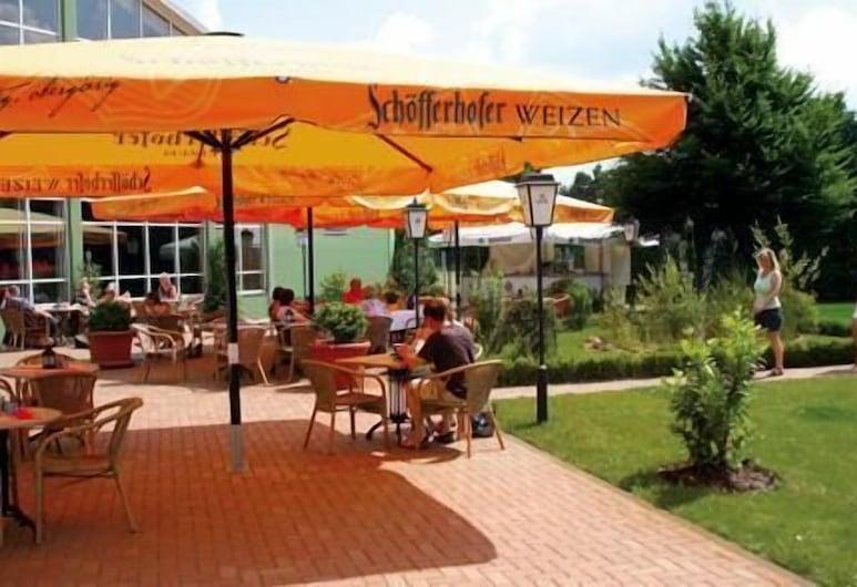 Havellandhalle Resort, Dallgow-Döberitz, Opciones de restauración (exterior)