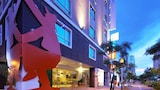 Choose This Mid-Range Hotel in New Taipei City