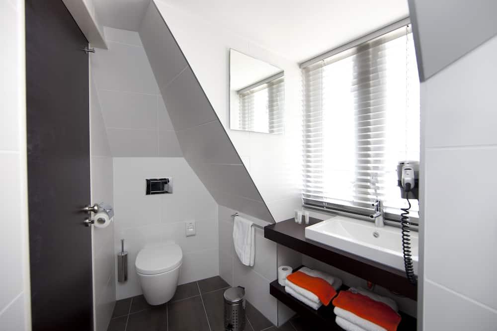 Cozy Comfort Room - Bathroom