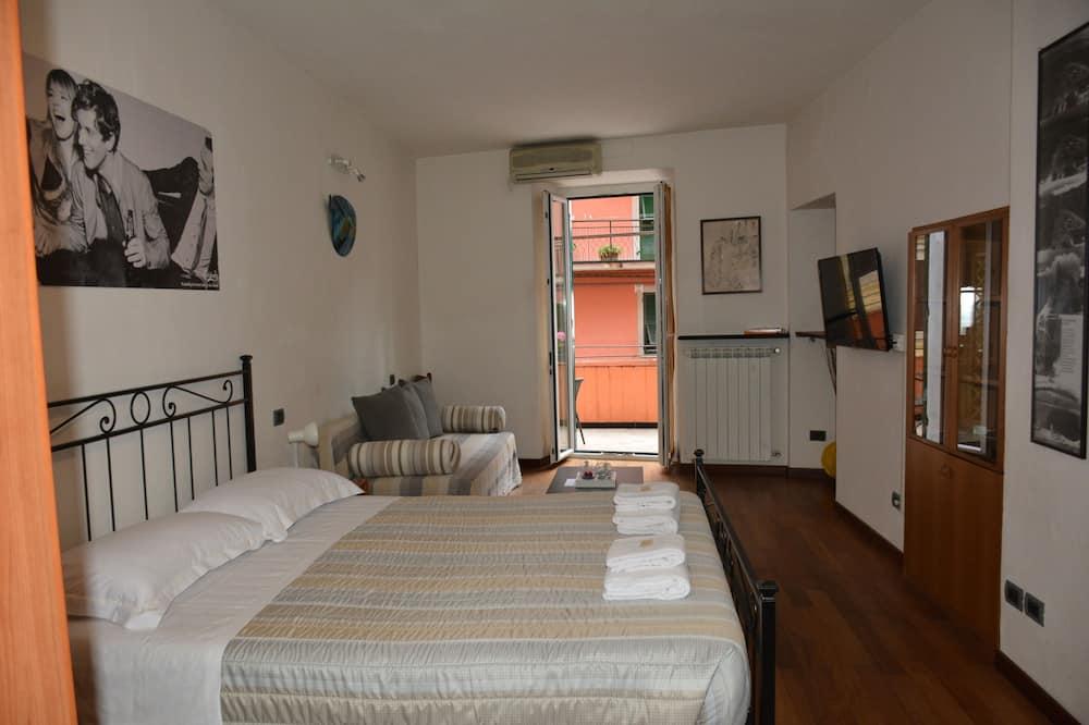 Classic-Dreibettzimmer, 1 Schlafzimmer, eigenes Bad - Zimmer