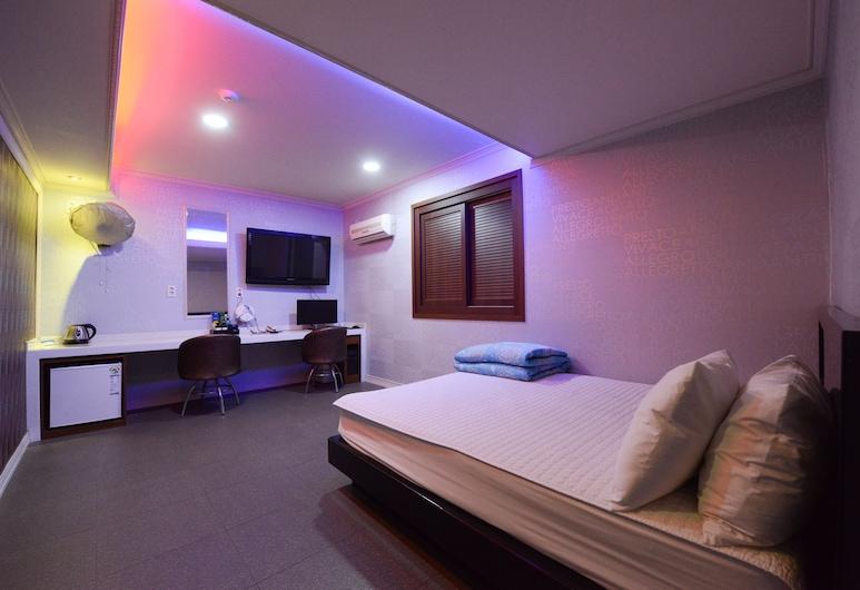 熱門汽車旅館, 釜山, 豪華雙人房, 客房