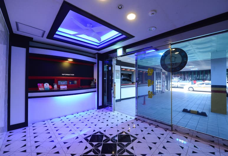 Top Motel, Busan, Lobi