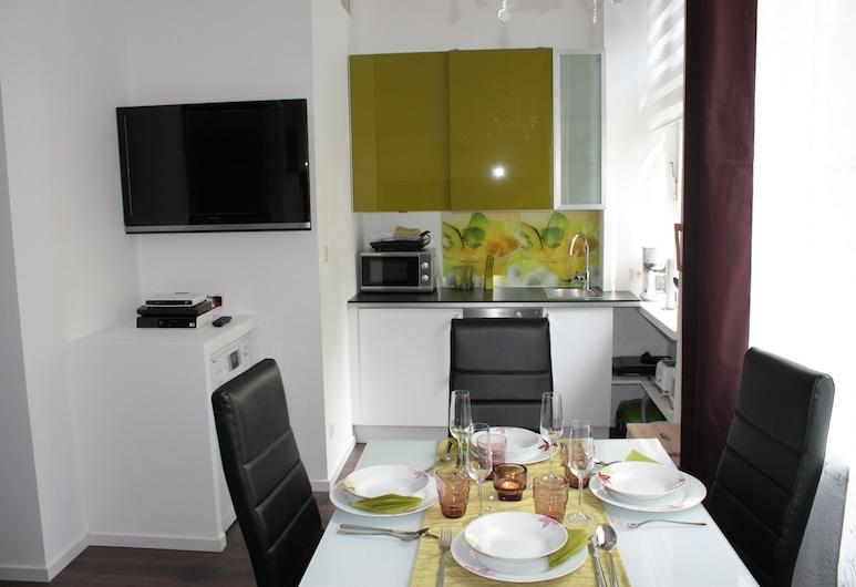GoVienna Small Modern Apartment, Viyana