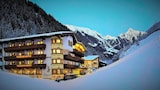 Book this Pool Hotel in Mayrhofen