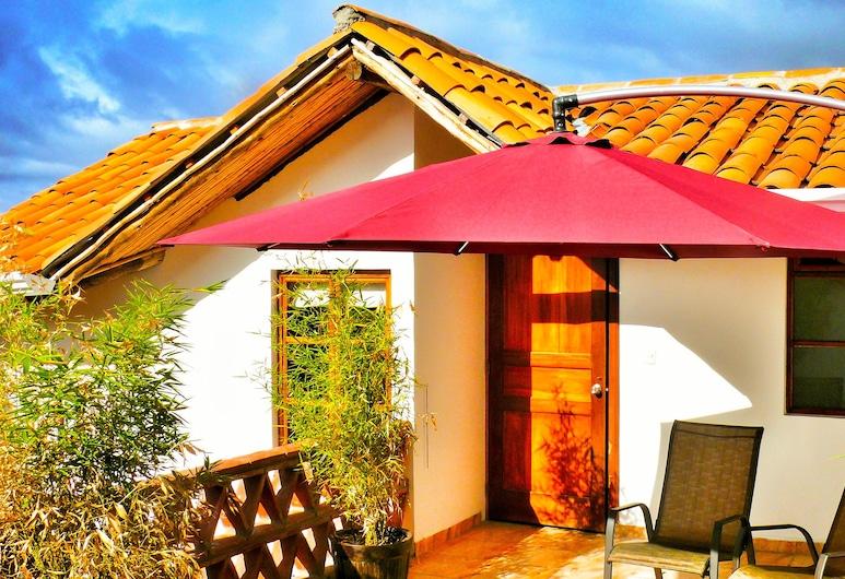 Casa de las Rosas, Cuenca, Suite familiar, 2 habitaciones, 2 baños, Terraza o patio
