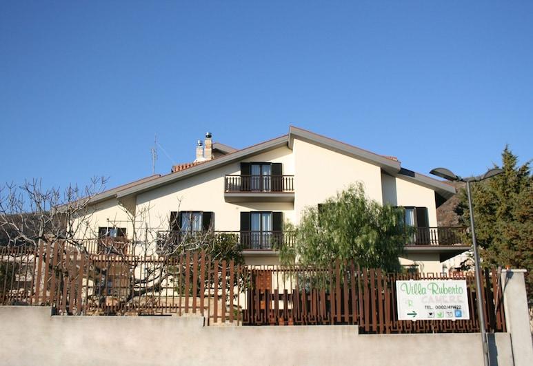 B&B Villa Ruberto, San Giovanni Rotondo, Hotel Front