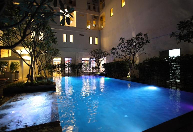 The Frangipani Living Arts Hotel & Spa, Phnom Penh, Outdoor Pool