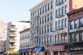 Choose This Cheap Hotel in New York