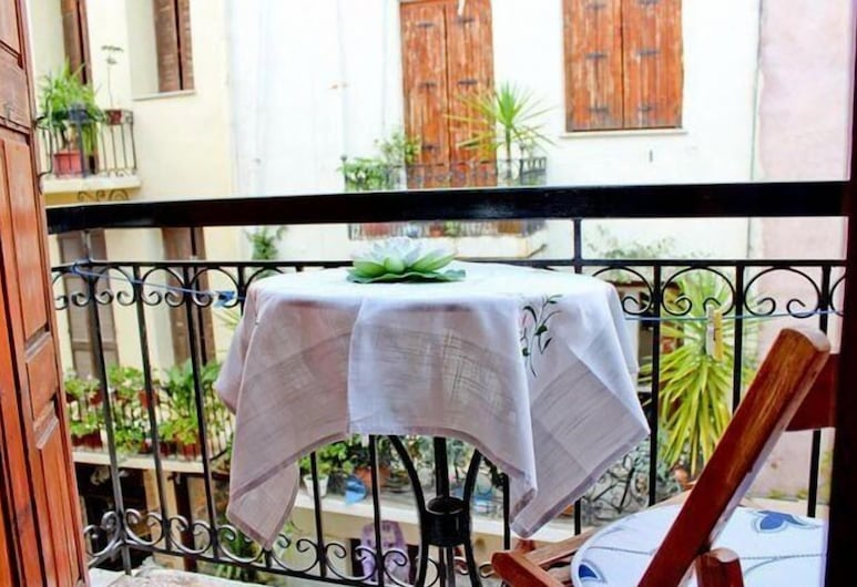 Smaragdi Rooms for Rent, Chania, Basic Room, Balcony