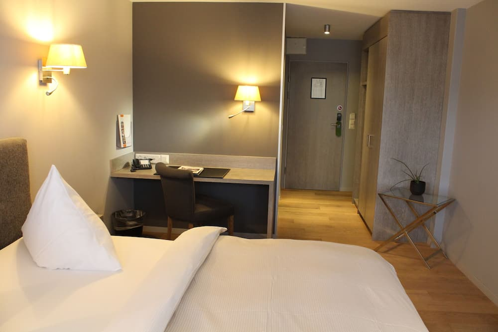 Tek Büyük Yataklı Oda (Lifestyle) - Oturma Alanı