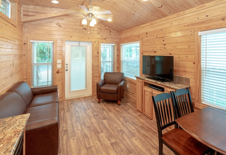 Hill Country Cottage and RV Resort, New Braunfels, Rodinný rekreační domek, 1 ložnice, Pokoj