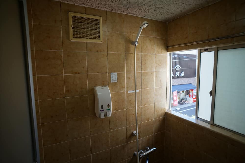 Japanese Double Room 1F, Shared Bathroom 2F (Type B) - Bathroom