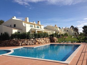 Picture of Glenridge Albufeira Beach and Golf Resort in Albufeira