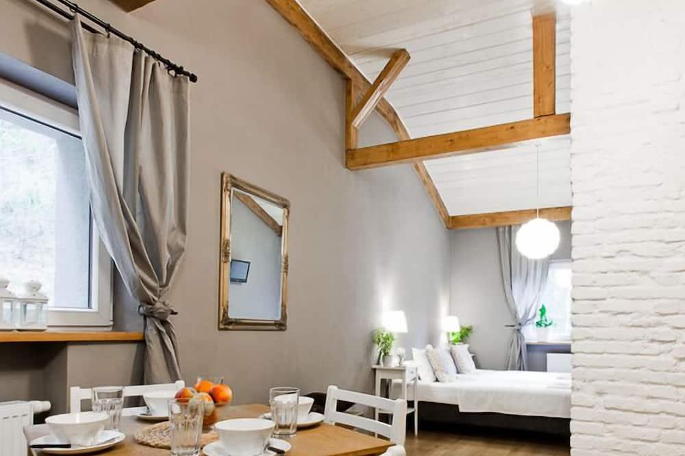 דירת סטנדרט, חדר רחצה פרטי - אזור אוכל בחדר