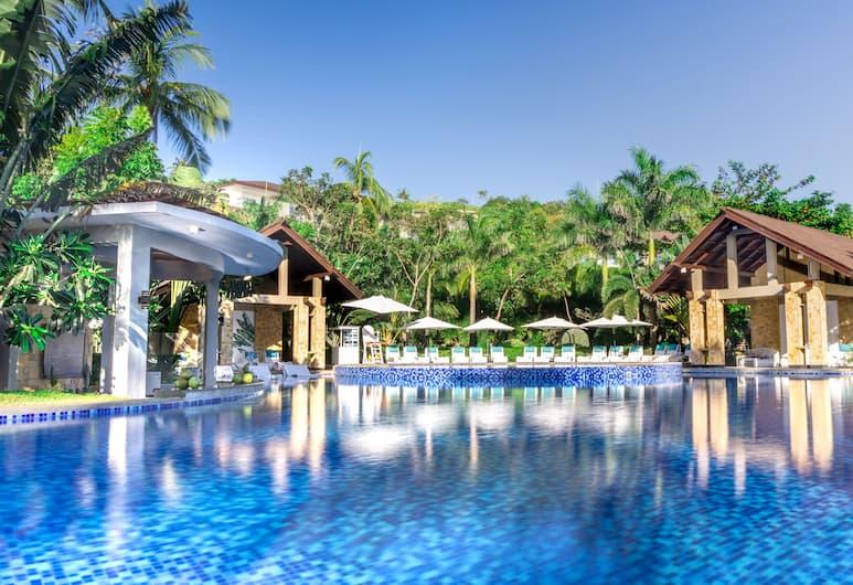 Movenpick Resort & Spa Boracay, Boracay Island, Kültéri medence