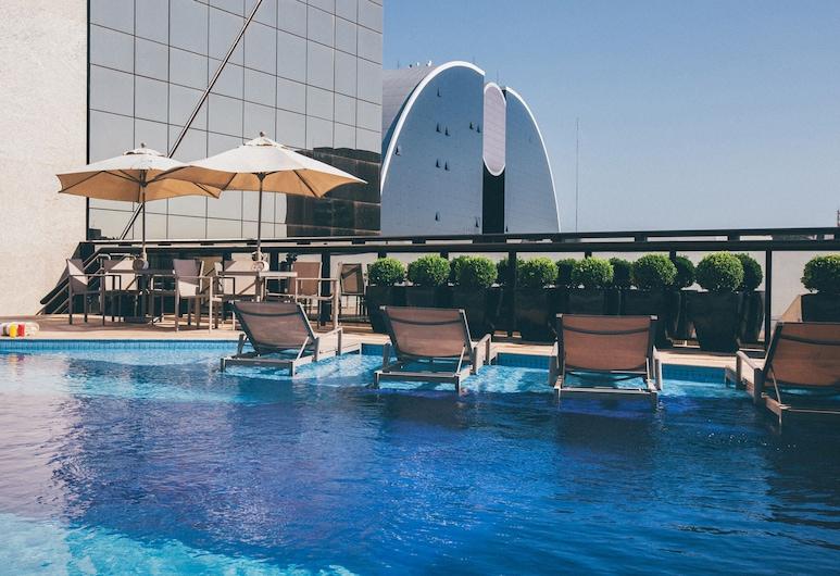 Cullinan Hplus Premium, Brasilia, Bazén na střeše