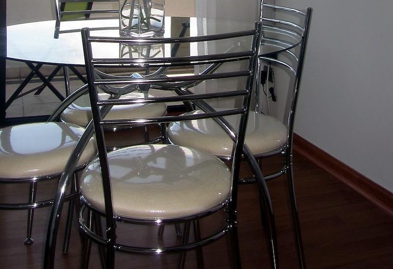 Departamento Don Miguel Claro, Santiago, Classic Apartment (704), Living Room