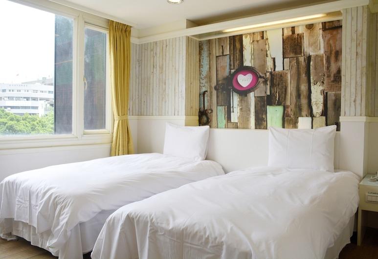 Kiwi Express Hotel - Zhong Zheng Branch, Taičungas