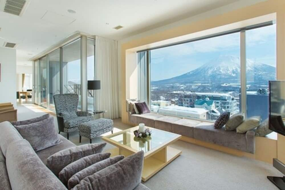 Panoramic Penthouse, 4 Bedrooms with Omakase Dinner Course at Snow Castle - Guest Room
