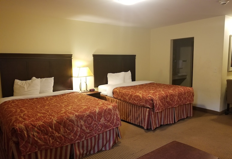 InTown Suites Columbus, Columbus, Studio, 2 Queen Beds, Non Smoking, Guest Room