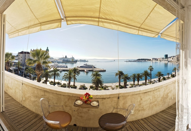 Riva Luxury Suites, Split, Luxury-Apartment, Balkon, Meerblick, Terrasse/Patio