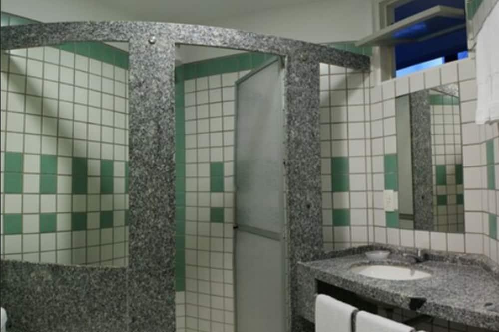 Premier Suite - Bathroom