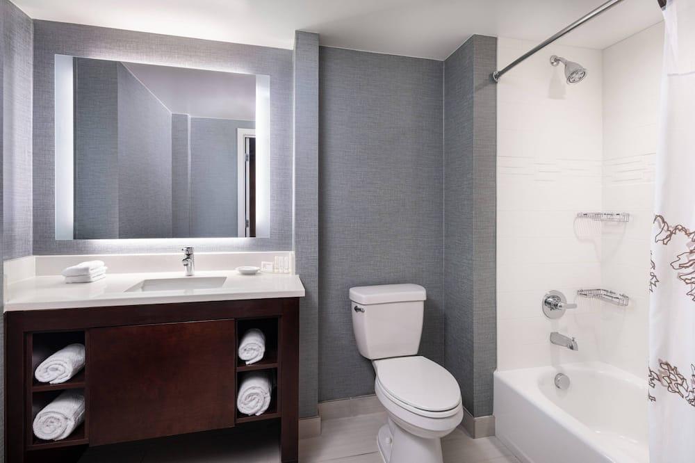 Люкс, 1 спальня, для некурящих - Ванная комната