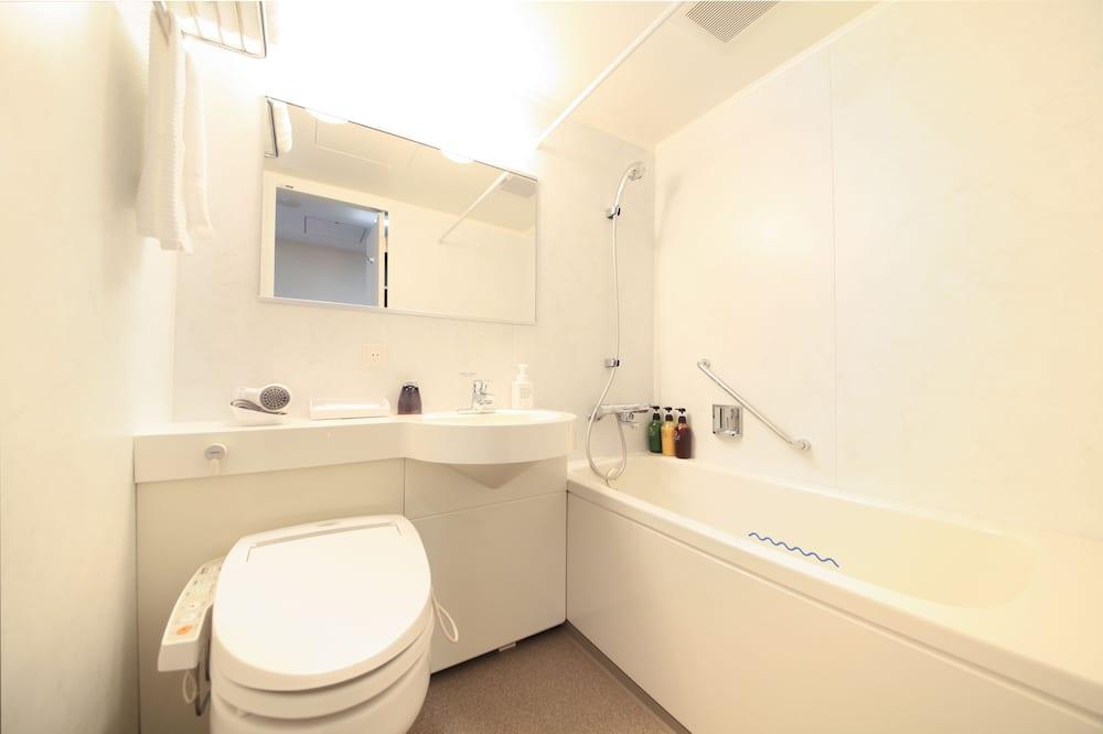Habitación económica doble, fumadores - Cuarto de baño