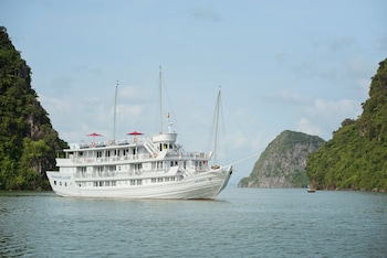 Picture of Paradise Luxury Cruise in Halong