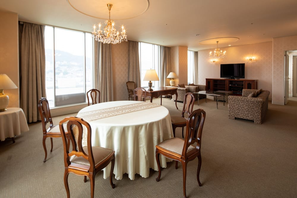 Royal Suite, Non Smoking - In-Room Dining