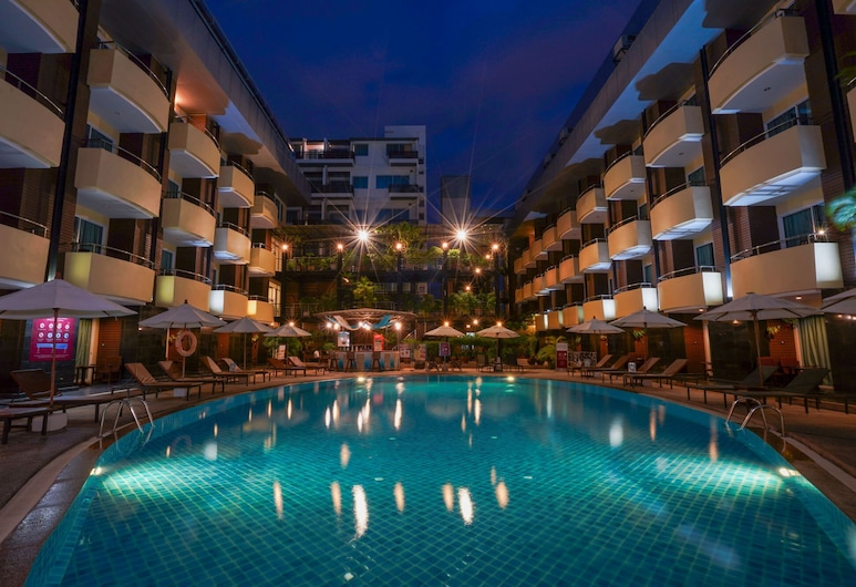 Baron Beach Hotel, Pataja