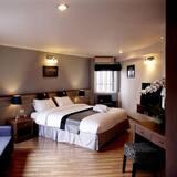 Poste Corner Residence - Guest Room