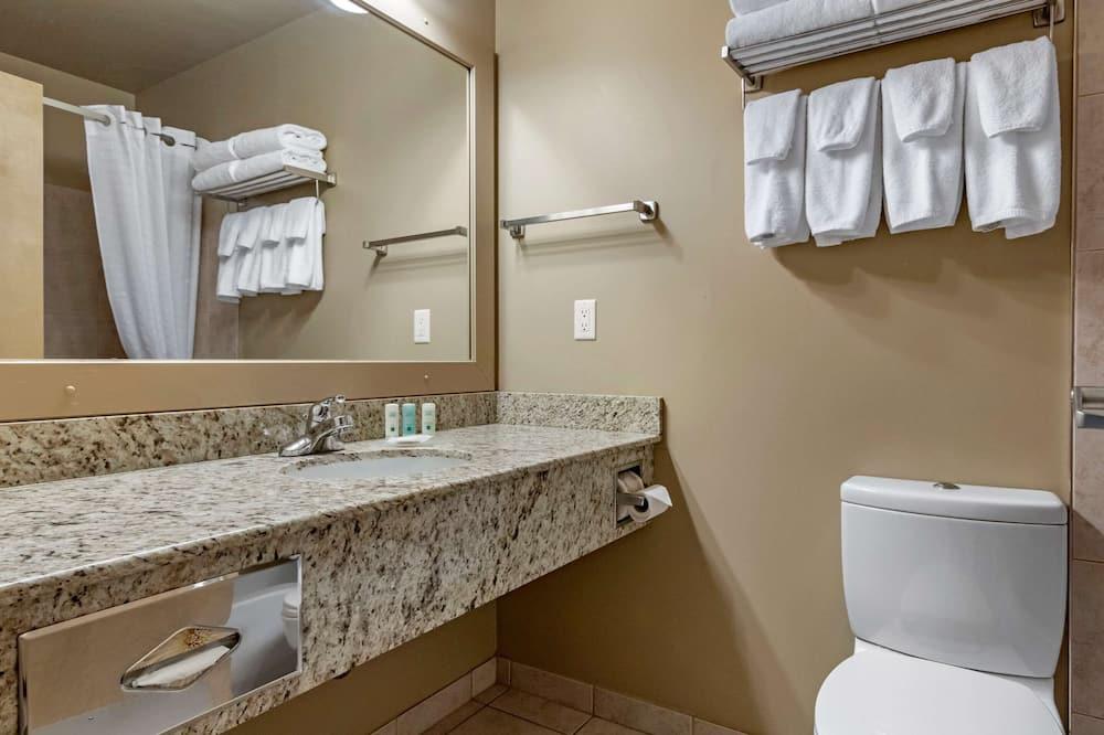 Deluxe szoba, 2 queen (nagyméretű) franciaágy, nemdohányzó - Fürdőszoba
