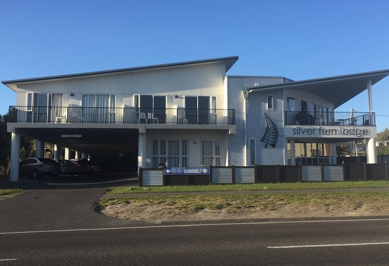 Silver Fern Lodge, Taupo, Hotel Front