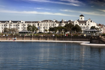 Picture of Best Western Southport Seafront Royal Clifton Hotel & Spa in Southport