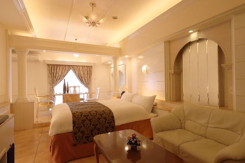 奈良蓬萊精美花園酒店-