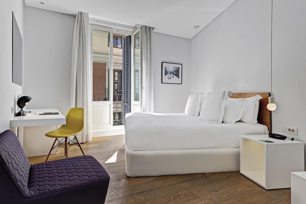 غرفة عادية - بشرفة - غرفة نزلاء