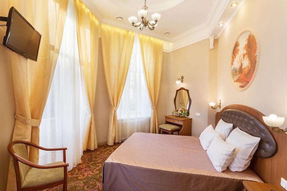Hotel Gogol, St. Petersburg