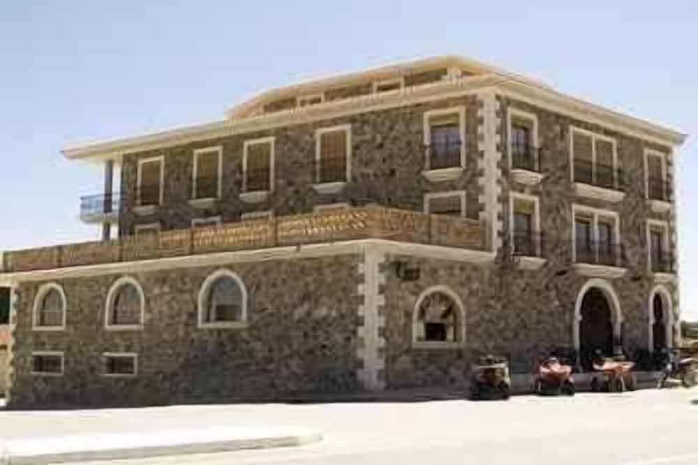 Apartamentos Rurales Complejo Peñafiel