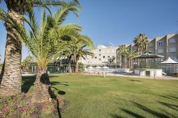 Picture of Hotel Ilunion Las Lomas in Merida