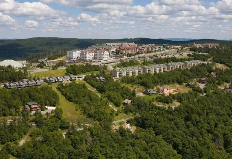 The Inn at Snowshoe, Snowshoe, Aerial View