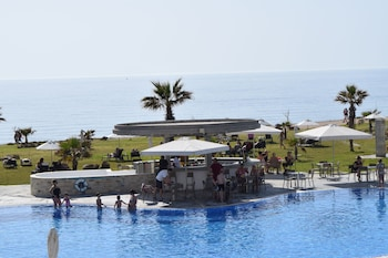 Picture of Amphora Hotel & Suites in Paphos